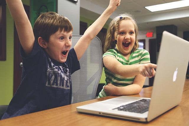 Niños Internet
